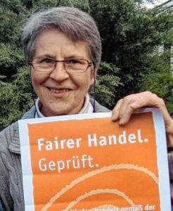 Frau Eisele - Mitarbeiterin im Weltladen Karlstadt